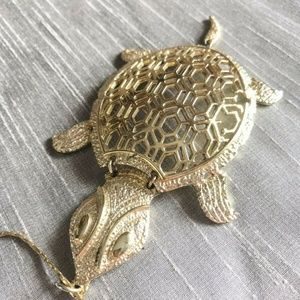 Vintage Gold Plated Sea Turtle Necklace Reticulate